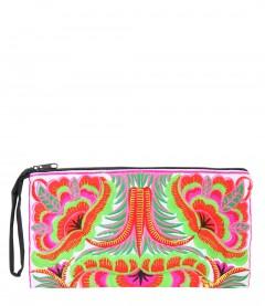Clutch - Boho Style, trendige Hippie-Fashion, bestickt, weiß